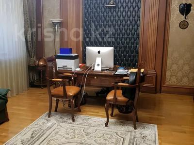 8-комнатная квартира, 430 м², 1/2 этаж, улица Козбагарова 42 — Ибраева - Козбагарова за 170 млн 〒 в Семее — фото 5