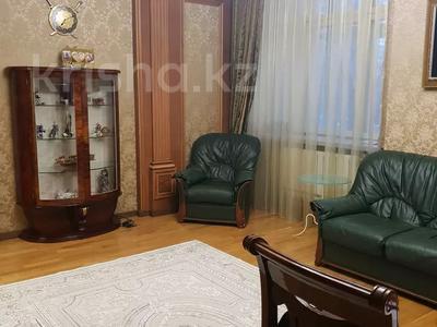 8-комнатная квартира, 430 м², 1/2 этаж, улица Козбагарова 42 — Ибраева - Козбагарова за 170 млн 〒 в Семее — фото 6