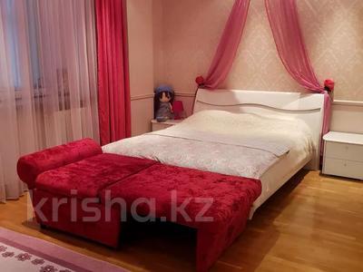 8-комнатная квартира, 430 м², 1/2 этаж, улица Козбагарова 42 — Ибраева - Козбагарова за 170 млн 〒 в Семее — фото 8