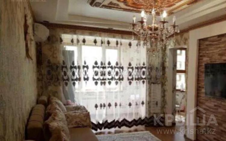 2-комнатная квартира, 60 м², 2/5 этаж помесячно, 14-й мкр 28 за 150 000 〒 в Актау, 14-й мкр