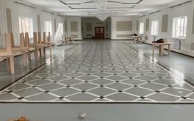 Здание, площадью 4000 м², Торайгырова за 159 млн 〒 в Экибастузе