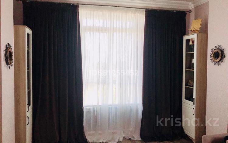 1-комнатная квартира, 41.2 м², 13/21 этаж, Туркестан 14 — Орынбор за 19.2 млн 〒 в Нур-Султане (Астана), Есиль р-н