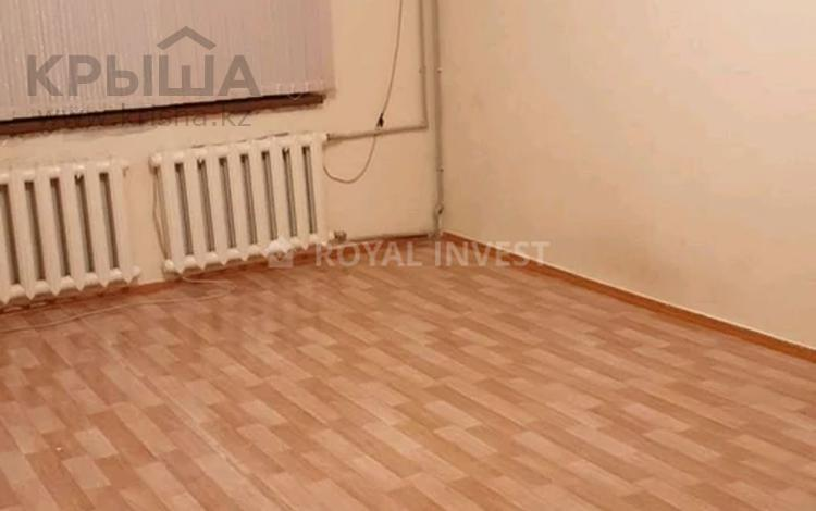 3-комнатная квартира, 67 м², 3/5 этаж, Жандосова 6а — Кунаева за 19.5 млн 〒 в Шымкенте, Аль-Фарабийский р-н