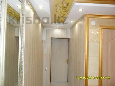 1-комнатная квартира, 40 м², 1/5 этаж посуточно, проспект Бауыржан Момышулы 7 — Аль Фараби за 9 000 〒 в Шымкенте, Аль-Фарабийский р-н — фото 4