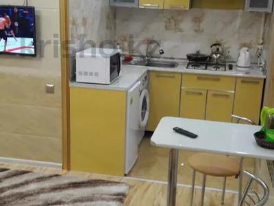 1-комнатная квартира, 40 м², 1/5 этаж посуточно, проспект Бауыржан Момышулы 7 — Аль Фараби за 9 000 〒 в Шымкенте, Аль-Фарабийский р-н — фото 5