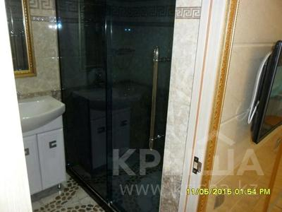 1-комнатная квартира, 40 м², 1/5 этаж посуточно, проспект Бауыржан Момышулы 7 — Аль Фараби за 9 000 〒 в Шымкенте, Аль-Фарабийский р-н — фото 7