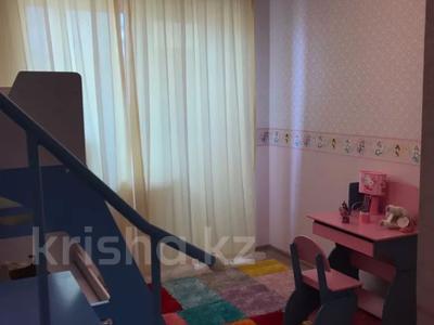 3-комнатная квартира, 87.9 м², 9/9 этаж, Иманбаева 5 за 32 млн 〒 в Нур-Султане (Астана)