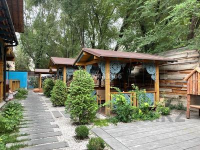 Здание, мкр Жулдыз-2 55/1 площадью 1150 м² за 3.5 млн 〒 в Алматы, Турксибский р-н