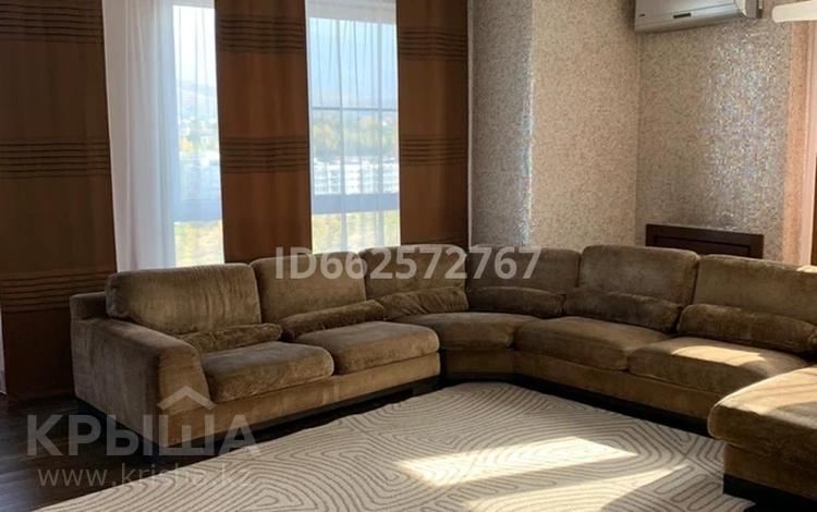 5-комнатная квартира, 155 м², 10/12 этаж помесячно, Аль-Фараби 95 — Ходжанова за 600 000 〒 в Алматы, Бостандыкский р-н