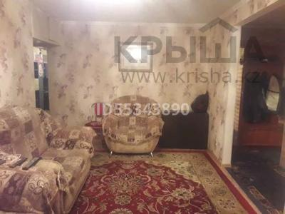 3-комнатная квартира, 70 м², 5/5 этаж помесячно, улица Байтурсынова за 90 000 〒 в Семее — фото 4