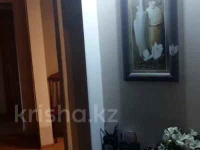 5-комнатная квартира, 100 м², 5/9 этаж, Сатпаева 253 — Чокина за 25 млн 〒 в Павлодаре — фото 7