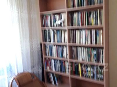 5-комнатная квартира, 100 м², 5/9 этаж, Сатпаева 253 — Чокина за 25 млн 〒 в Павлодаре — фото 12