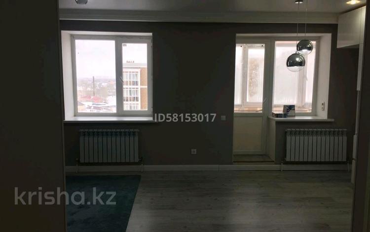 2-комнатная квартира, 53 м², 8/9 этаж, Бастобе 33 за 16.9 млн 〒 в Нур-Султане (Астана), р-н Байконур