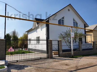 5-комнатный дом, 184 м², 6 сот., Медеуский р-н, мкр Алатау (ИЯФ) за 42.9 млн 〒 в Алматы, Медеуский р-н