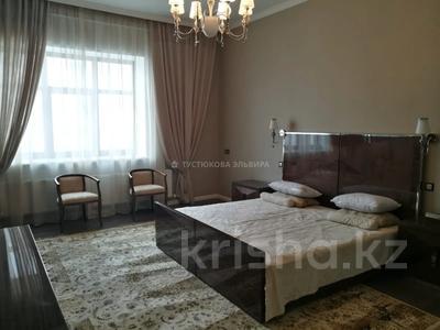 4-комнатная квартира, 220 м², 4/7 этаж на длительный срок, Сарайшык 11/1 за 800 000 〒 в Нур-Султане (Астане), Есильский р-н
