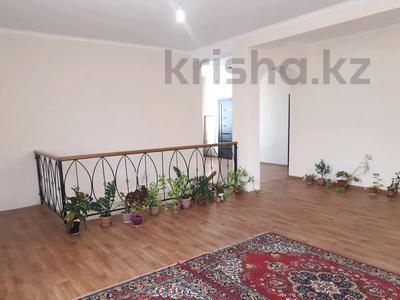 4-комнатный дом, 178.1 м², 6 сот., Байтурсынова за 23 млн 〒 в Талдыбулаке — фото 2