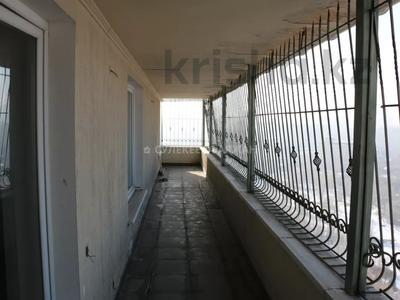 5-комнатная квартира, 220 м², 15/15 этаж, Ходжанова 76 — Аль-Фараби за 78 млн 〒 в Алматы, Бостандыкский р-н — фото 31