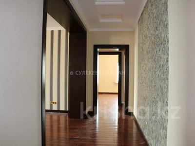 5-комнатная квартира, 220 м², 15/15 этаж, Ходжанова 76 — Аль-Фараби за 78 млн 〒 в Алматы, Бостандыкский р-н — фото 14