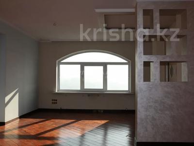 5-комнатная квартира, 220 м², 15/15 этаж, Ходжанова 76 — Аль-Фараби за 78 млн 〒 в Алматы, Бостандыкский р-н — фото 22