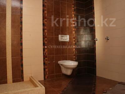 5-комнатная квартира, 220 м², 15/15 этаж, Ходжанова 76 — Аль-Фараби за 78 млн 〒 в Алматы, Бостандыкский р-н — фото 33