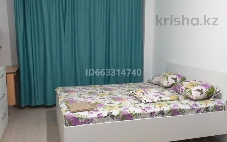 1-комнатная квартира, 40 м², 3/9 этаж посуточно, мкр Кайрат, Микрорайон Кайрат 157/1 за 7 000 〒 в Алматы, Турксибский р-н