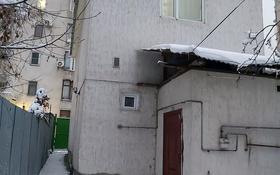 4-комнатный дом, 100 м², 4 сот., Муканова 108а — Айтеке би за 63 млн 〒 в Алматы, Алмалинский р-н