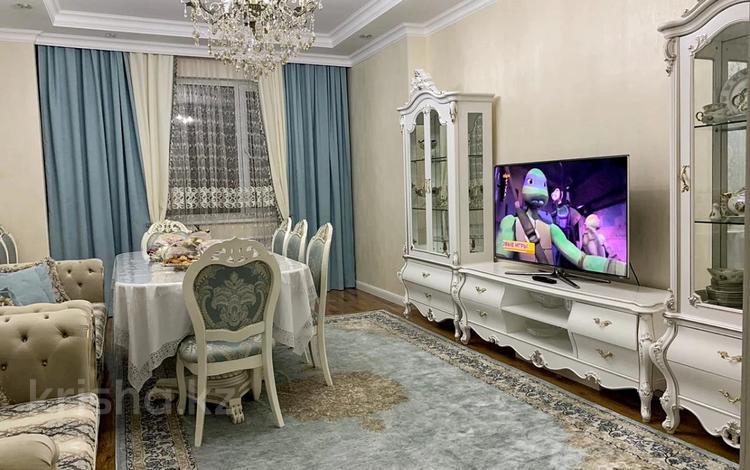 3-комнатная квартира, 104 м², 9/12 этаж, Керей и Жанибек хандар 22 за 44.8 млн 〒 в Нур-Султане (Астана), Есиль р-н