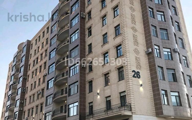 4-комнатная квартира, 142 м², 8/9 этаж, 17-й мкр, 17 мкр 26 за 39.5 млн 〒 в Актау, 17-й мкр