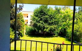 4-комнатная квартира, 280 м², 1/2 этаж, Мкр Дарын-1 — Аскарова Асанбая за 93.3 млн 〒 в Алматы, Бостандыкский р-н