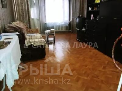 2-комнатная квартира, 55 м², 2/9 этаж, Молдагуловой — Абылай хана за ~ 18 млн 〒 в Алматы, Алмалинский р-н