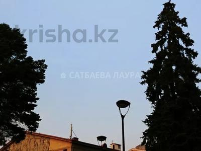2-комнатная квартира, 55 м², 2/9 этаж, Молдагуловой — Абылай хана за ~ 18 млн 〒 в Алматы, Алмалинский р-н — фото 15