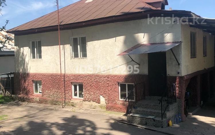 4-комнатный дом, 200 м², 7 сот., Азербаева 2 — Жибек жолы за 19 млн 〒 в Бельбулаке (Мичурино)