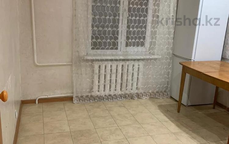 2-комнатная квартира, 53 м², 3/5 этаж, мкр Аксай-4, Мкр Аксай-4 67 — Саина за 23 млн 〒 в Алматы, Ауэзовский р-н