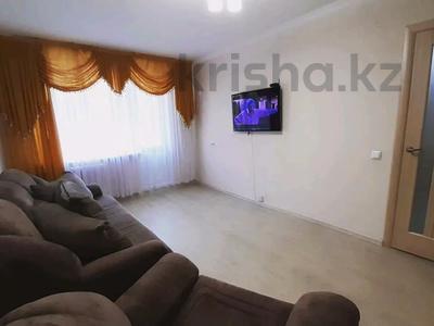 1-комнатная квартира, 36 м², 2/9 этаж посуточно, Академика Чокина 24 — Сатпаева за 6 500 〒 в Павлодаре — фото 10