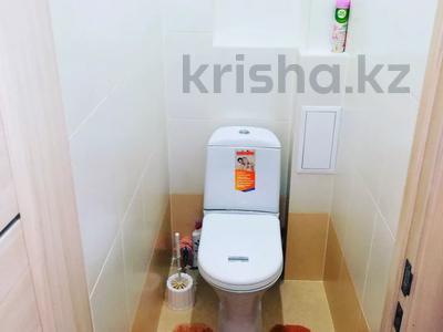 1-комнатная квартира, 36 м², 2/9 этаж посуточно, Академика Чокина 24 — Сатпаева за 6 500 〒 в Павлодаре — фото 13