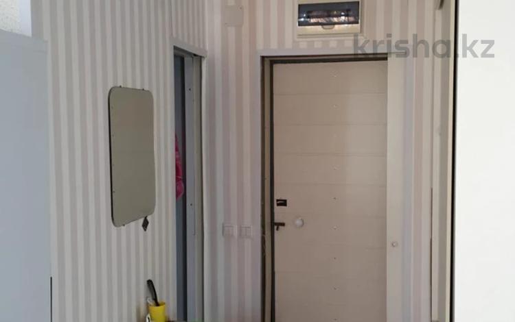 1-комнатная квартира, 38 м², 9/10 этаж, 4-й мкр 5 за 5.5 млн 〒 в Актау, 4-й мкр
