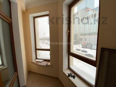 4-комнатная квартира, 150 м², 3/6 этаж, Сыганак 14/1 за 90 млн 〒 в Нур-Султане (Астана), Есиль р-н — фото 11