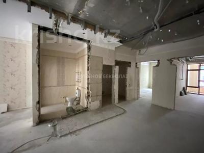 4-комнатная квартира, 150 м², 3/6 этаж, Сыганак 14/1 за 90 млн 〒 в Нур-Султане (Астана), Есиль р-н — фото 2