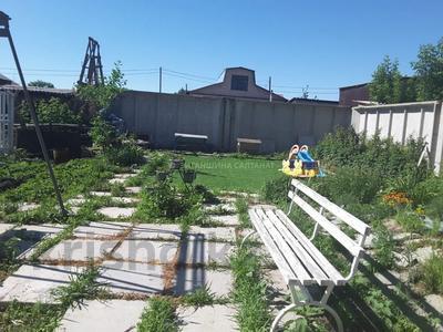 8-комнатный дом, 300 м², 12 сот., Шарипова 25 за 50 млн 〒 в Павлодаре — фото 2