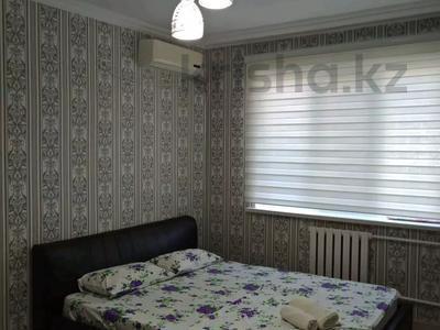 1-комнатная квартира, 39.7 м², 3/5 этаж посуточно, Нурсая 50 — Габдиева за 12 000 〒 в Атырау