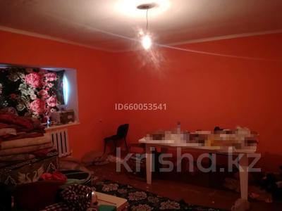 3-комнатный дом, 100 м², 12 сот., 26 за 4.5 млн 〒 в Атырау — фото 5