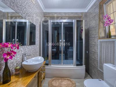 5-комнатный дом посуточно, 200 м², 7.5 сот., Джамбула 41 за 70 000 〒 в Алматы — фото 6