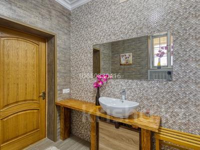 5-комнатный дом посуточно, 200 м², 7.5 сот., Джамбула 41 за 70 000 〒 в Алматы — фото 3