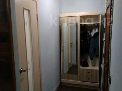 1-комнатная квартира, 33 м², 8/9 этаж посуточно, Автовокзал 1 за 5 000 〒 в Усть-Каменогорске — фото 8