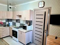2-комнатная квартира, 44 м², 4/10 этаж помесячно, мкр Аксай-5, Б. Момышулы 25 — Жубанова за 170 000 〒 в Алматы, Ауэзовский р-н