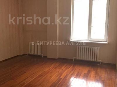 3-комнатная квартира, 170 м², 2/4 этаж, Иманова — Иманбаева за 53 млн 〒 в Нур-Султане (Астана), р-н Байконур — фото 6