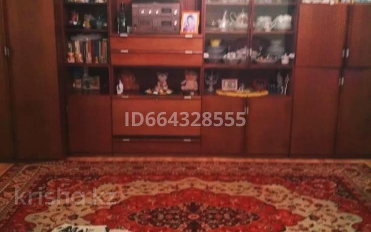 3-комнатная квартира, 77.5 м², 1/6 этаж, Мусрепова 7/3 за 20 млн 〒 в Нур-Султане (Астана), Алматы р-н