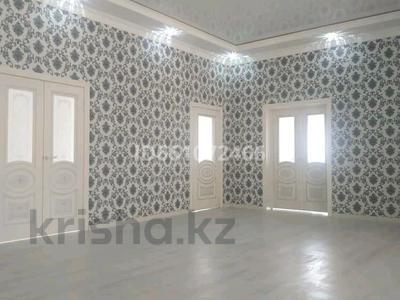 6-комнатный дом, 250 м², 8 сот., Мкр Самал-3 за 40 млн 〒 в Шымкенте — фото 11