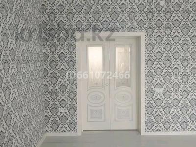 6-комнатный дом, 250 м², 8 сот., Мкр Самал-3 за 40 млн 〒 в Шымкенте — фото 18
