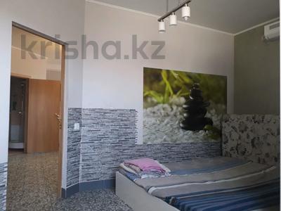 2-комнатная квартира, 40 м², 1 этаж посуточно, 3-й мкр, 3 мкр 22 за 6 000 〒 в Актау, 3-й мкр — фото 5